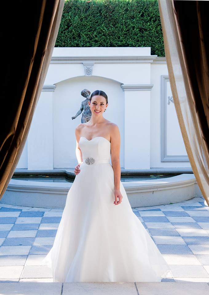 Wedding Dresses Melbourne Dandenong : On dandenong road melbourne close to chadstone is perfect for wedding