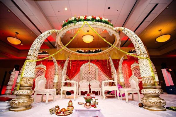 Bollywood mandap wedding decorations parties2weddings bollywood mandap wedding decorations junglespirit Image collections