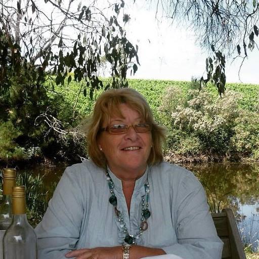 Pauline Woolley Celebrant
