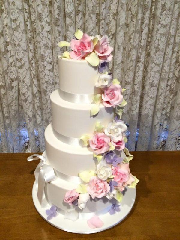 Cake Cre8-Debbilee