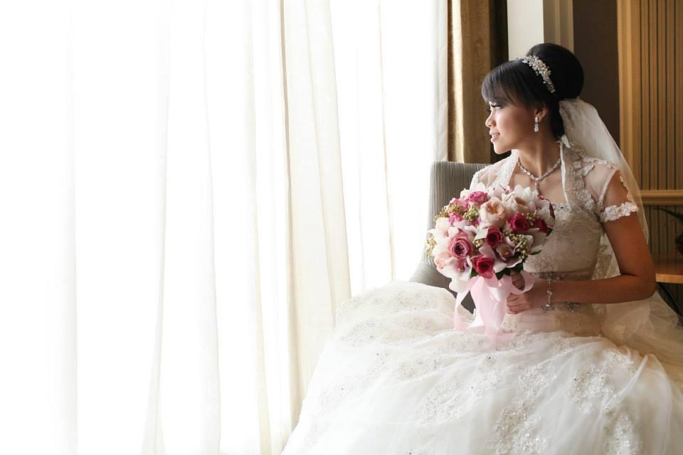 Circle Wedding Photography