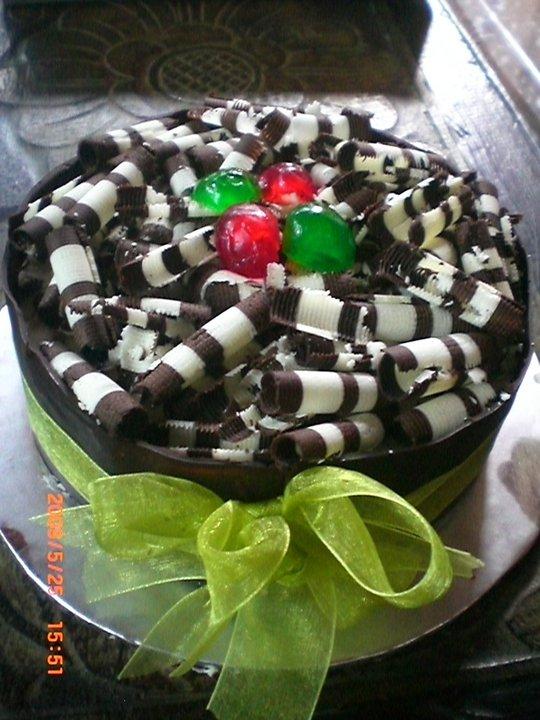 CACA CAKE