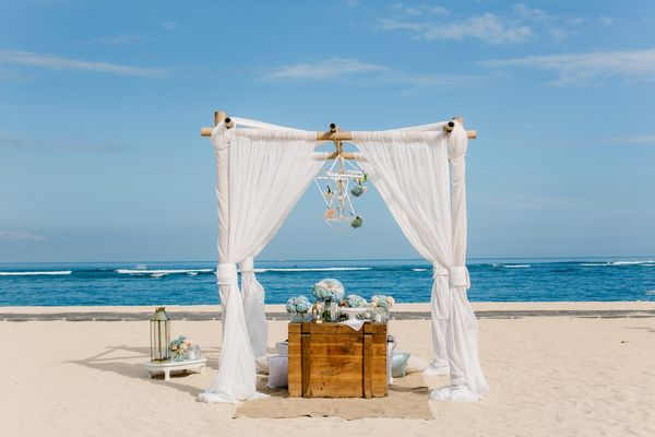 Call Me Madame Wedding Planner