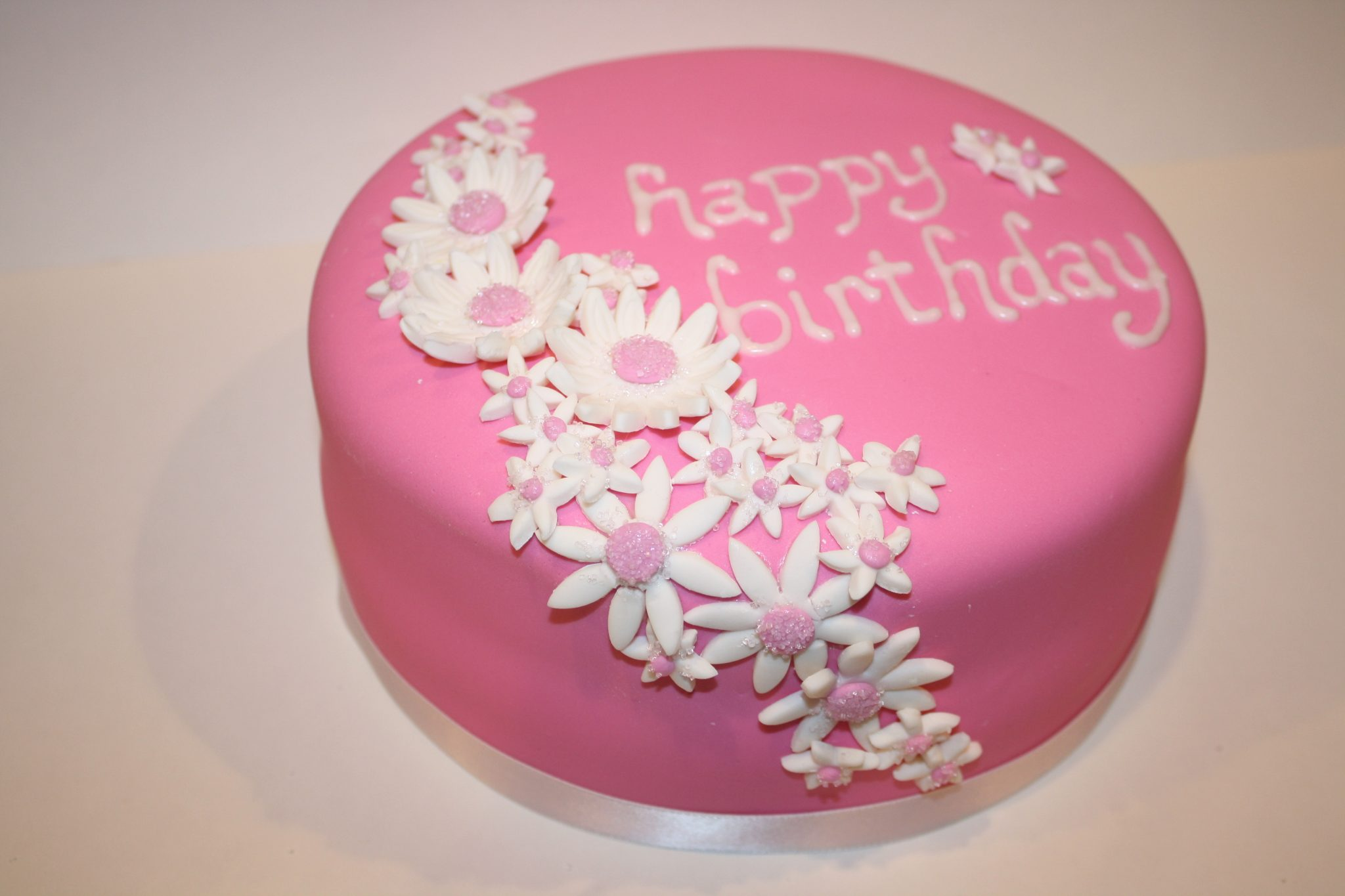 CW Cakes | Parties2Weddings