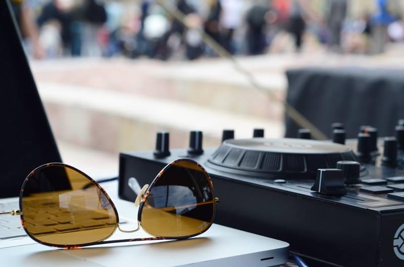 Discosource Professional DJs