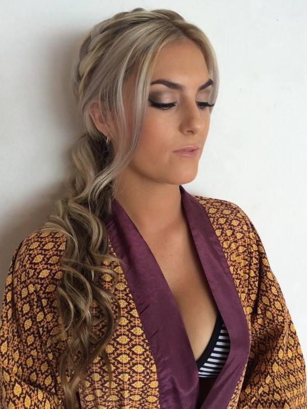 Zoe Hair-Makeup Artist Bali