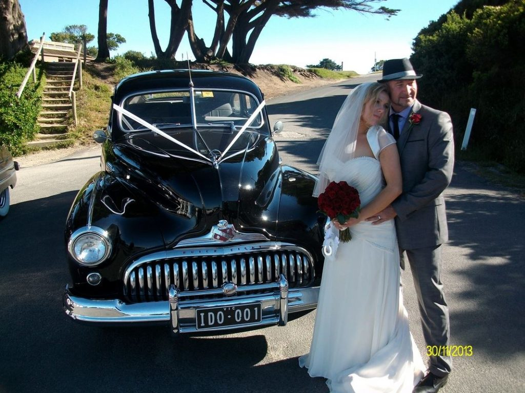 Recreating the Past Wedding Cars