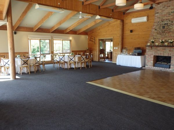 Rustic Wedding Venues in Macedon Ranges - Glen Erin At Lancefield Vineyard Retreat