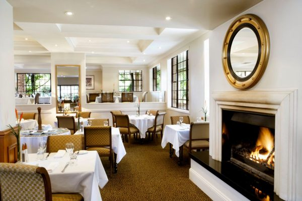 Sydney Country Style Wedding Venue - Grand Mercure The Hills Lodge