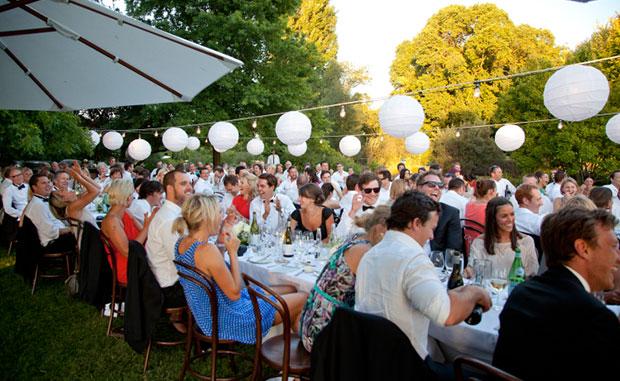 melbourne-Wahgunyah-wedding-venue-All-Saints-Wine-country-style-winery-garden