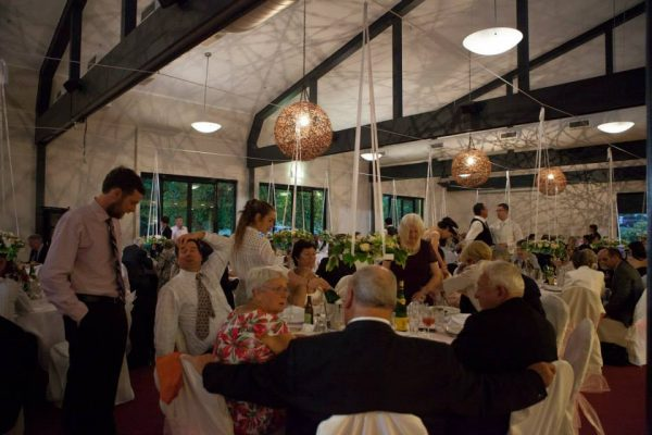 melbourne-Beechworth-wedding-venue-George-Kerferd-Hotel-unique-indoor-outdoor-garden