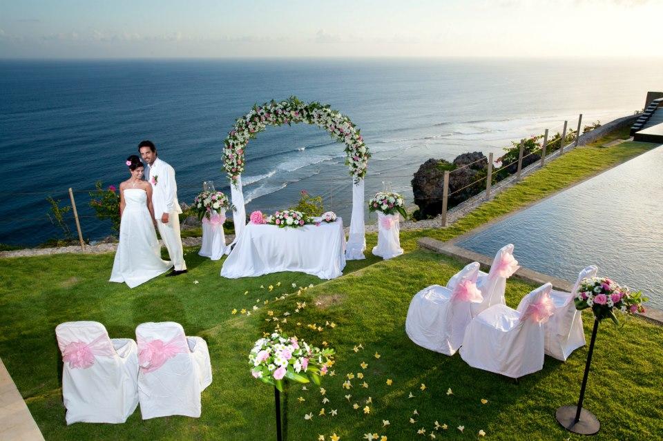 The Sanctus Cliff front Wedding Venue