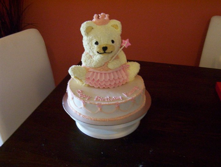 Cakes By Deso