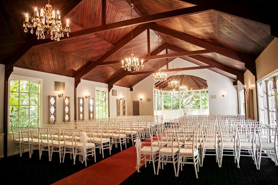melbourne-Dandenong-Ranges-wedding-venue-Nathania-Springs-country-style-chapel-garden-gazebo