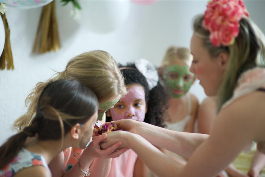 Melbourne-Kids-Pamper-Party-Petit-Powder-Room