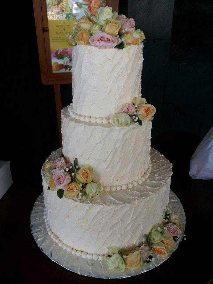 Christies Cake WEDDING CAKE BALI