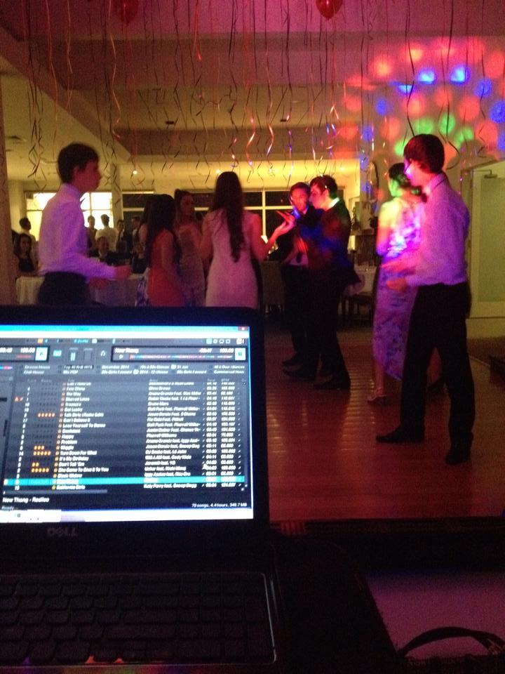 Melbourne-Kids-Disco-Party-Discosource-Professional-DJs