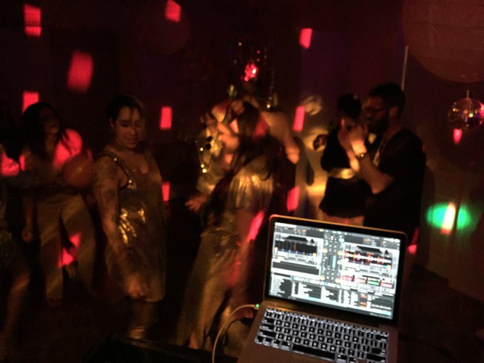 DJ Ashley Keswick-DJ Hire