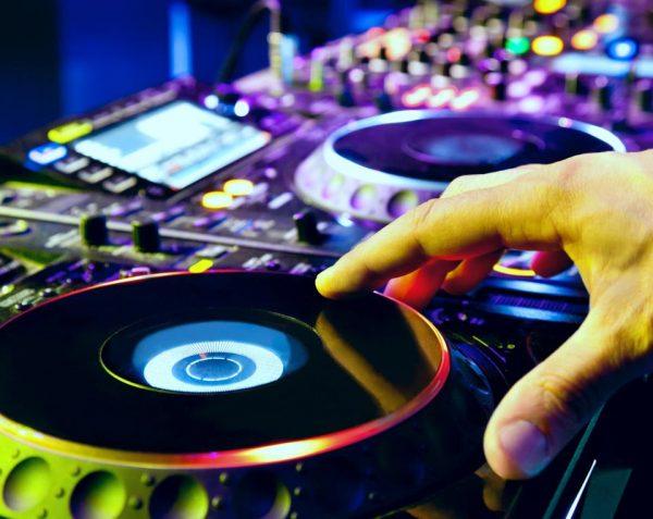 dj-music-entertainers