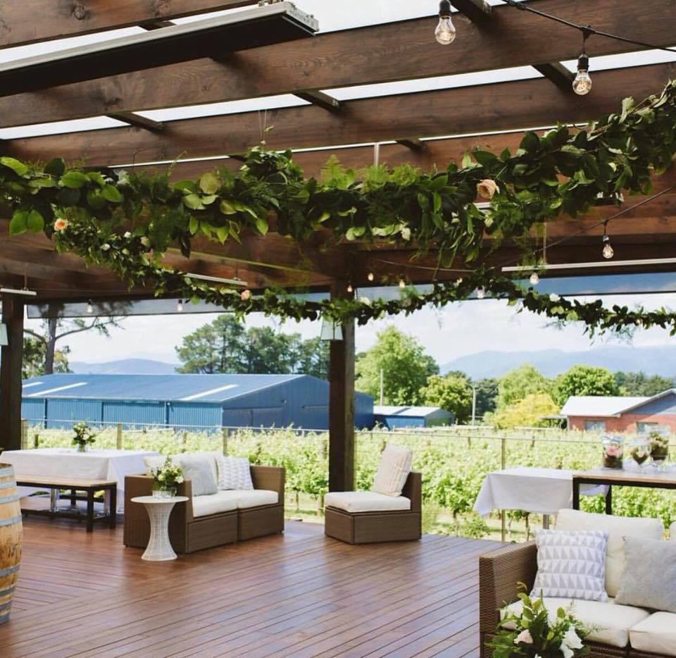 melbourne-yarra-valley-wedding-venue-Sir-Paz-Estate-country-style-winery