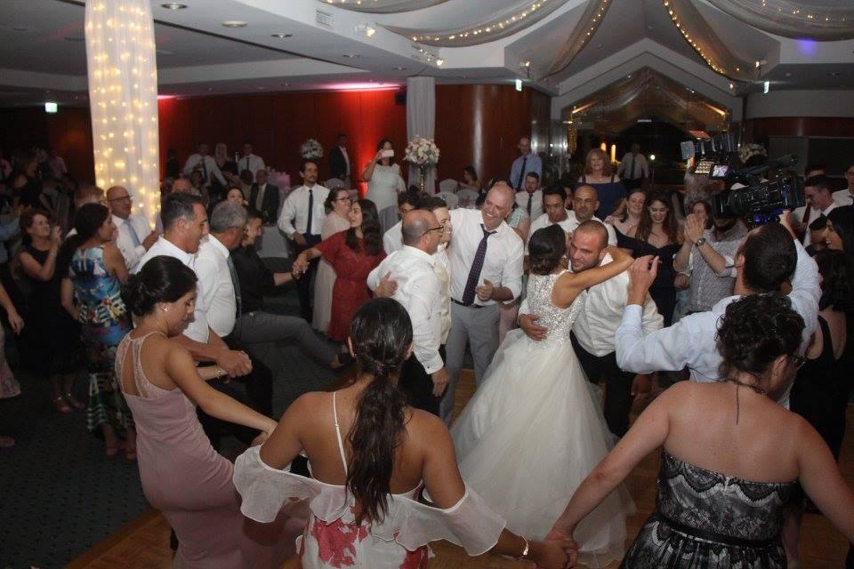 Wedding DJ and MC - PRO DJS AUSTRALIA
