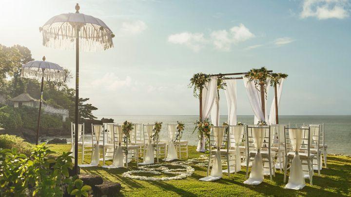 Destination Wedding at Four Seasons at Jimbaran Bay