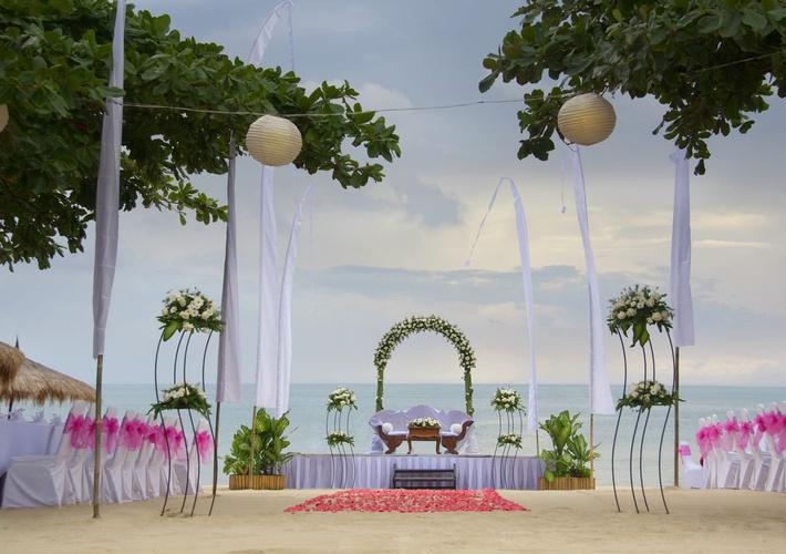 Beach Wedding Venue at Keraton Jimbaran Resort
