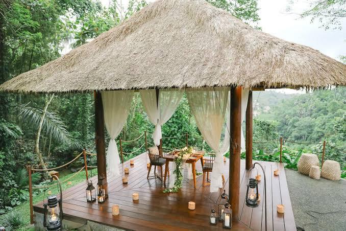Romantic Anniversary Ideas at Bale Bengong Alila Ubud