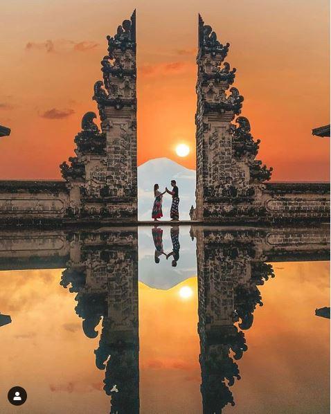 Pre-Wedding Photos at Pura Luhur Lempuyang