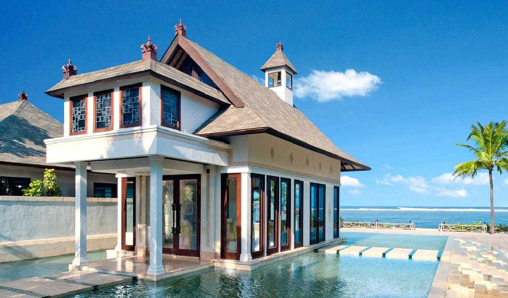 Cloud Nine Chapel at The St. Regis Bali Resort