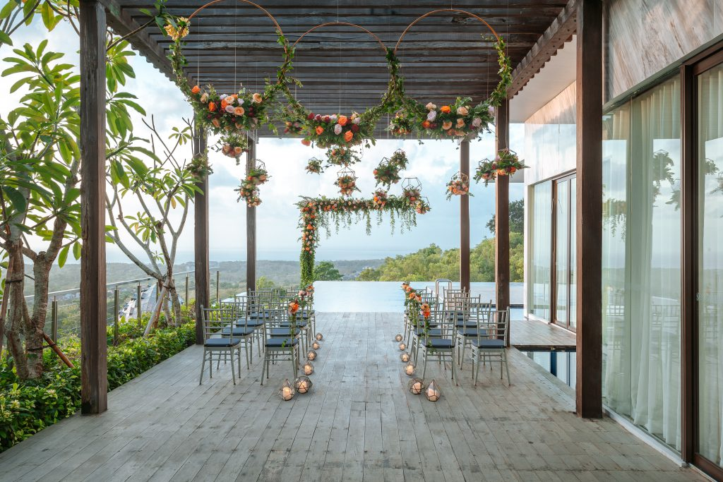 Renaissance Bali Resort Uluwatu Clifftop wedding package