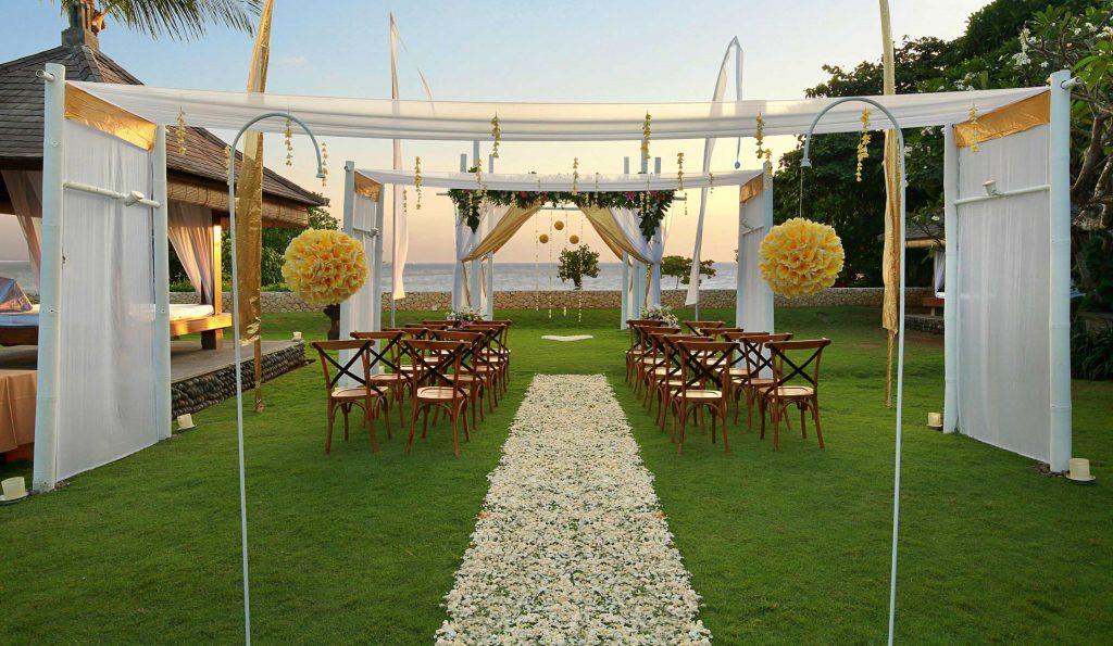Bali Nikosama 4 Star Beach Resort Wedding Ceremony Package by Parties2Weddings