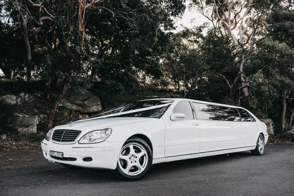 Sydney-Limo-Hire-Stretch-Mercedes-Amore-Limousines