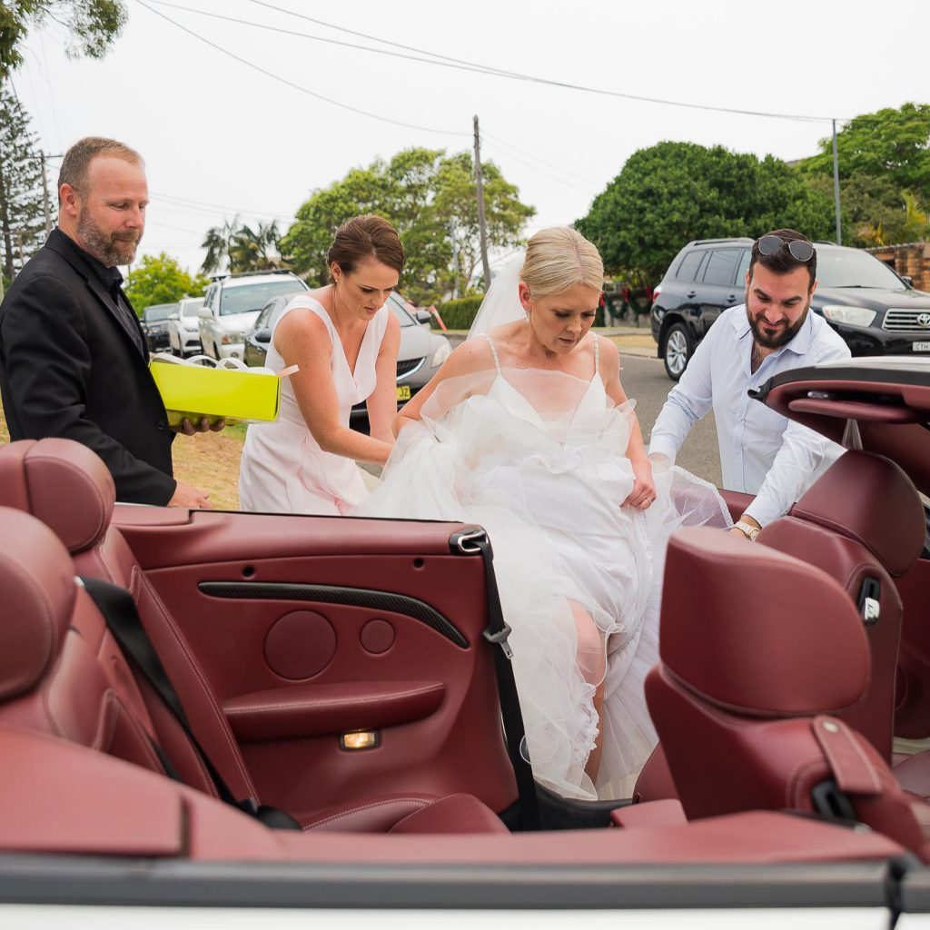 Sydney-Wedding-cars-Jeep-Limo-And-Mercedes-Convertible-WOW-Limousines