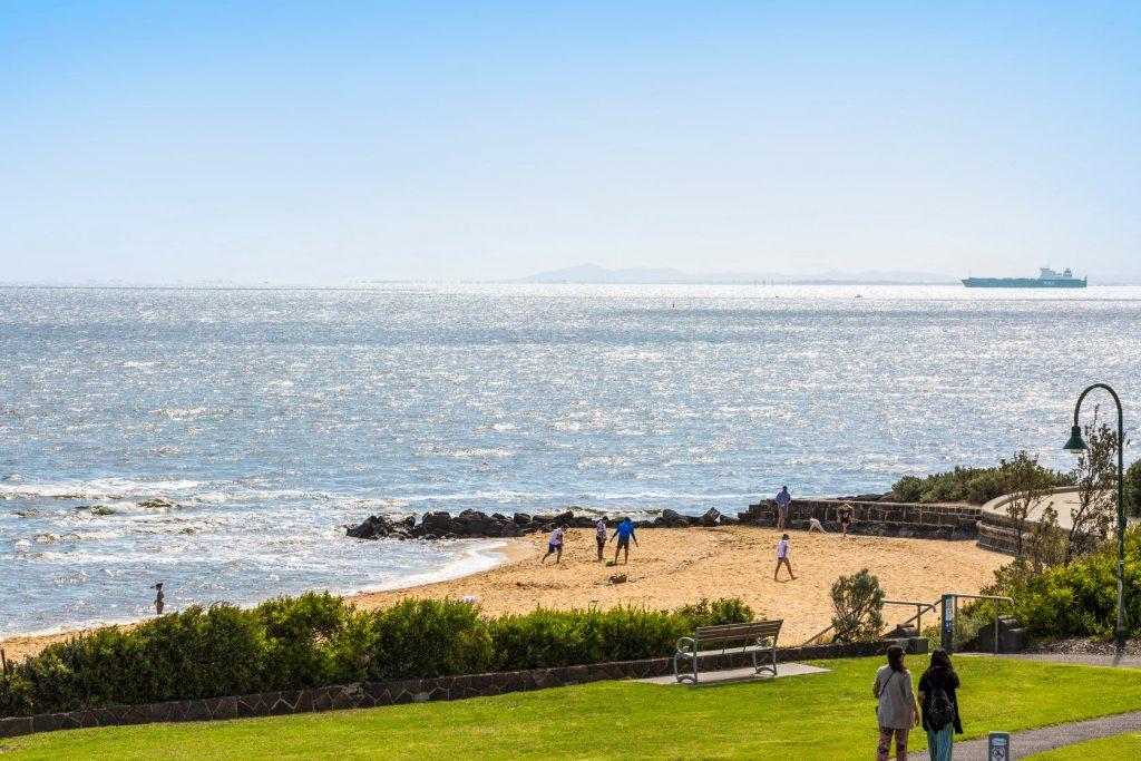 melbourne-CBD-wedding-venue-Brighton-Beach-Hotel -country-style-beachfront