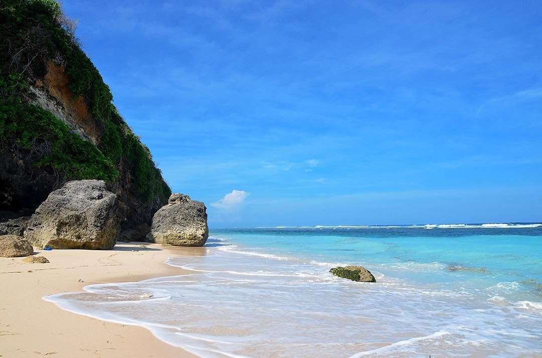 Bal Holidays at Pandawa Beach