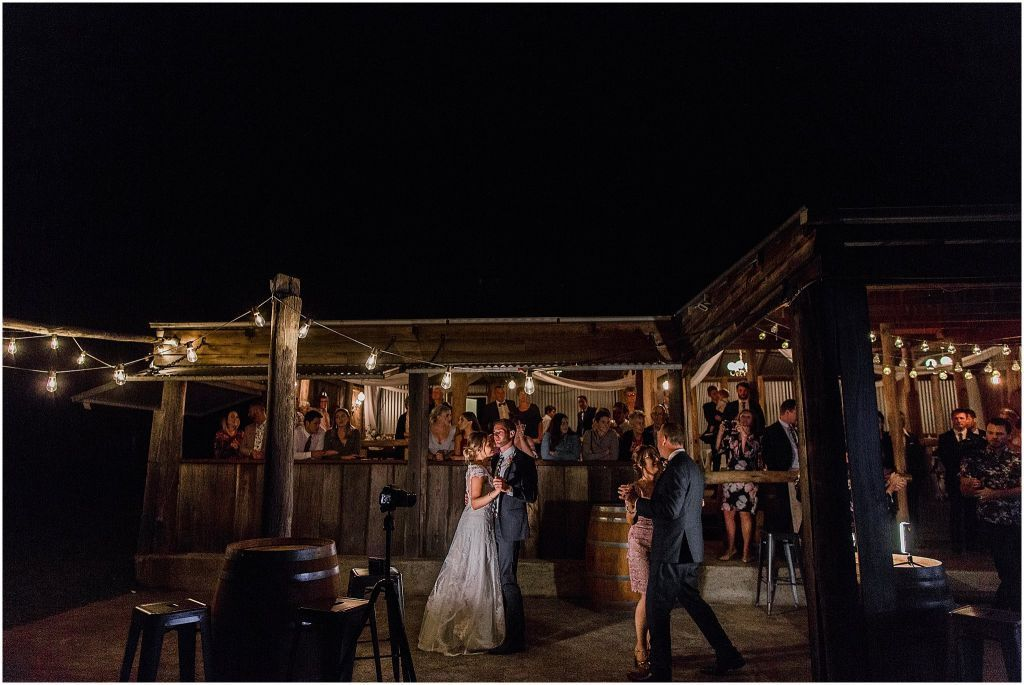 Couples dancing in front of the barn of Merrindah
