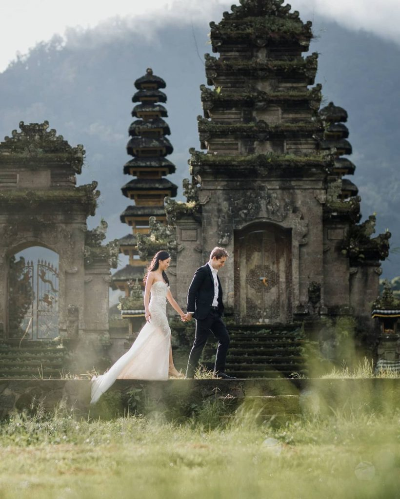 Bali Maxtu Professional Wedding Photographer