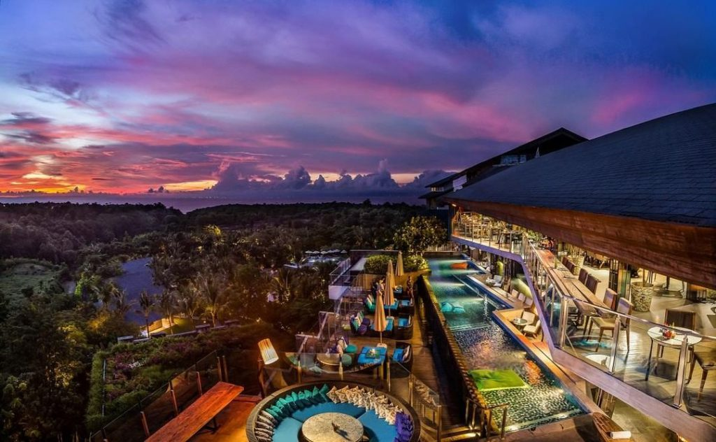 Best Nightlife In Bali - Unique Rooftop